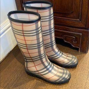 Authentic Burberry haymarket boots